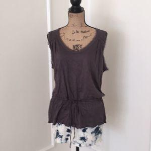 Banana Republic sleeveless top size XL in EUC gray